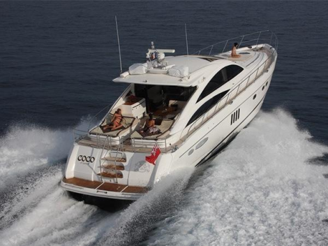 The Princess V70 is a well-known performer on the French Riviera and offers great volume, fantastic entertainment and style