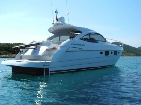This 2013 Pershing 50.1 represents an excellent brokerage opportunity