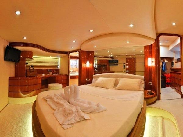 """LOU LOU"" accommodates 8 guests in 4 cabins, in addition to 2 crew members"
