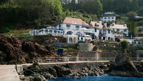 Popular local spot, The Cary Arms at Babbacombe, now sports a pontoon for visitors arriving by sea!