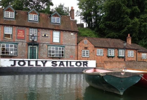 DRINK: The Jolly Sailor, Land's End Road, Old Bursledon, Southampton, SO31 8DN