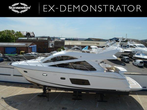 This new Sunseeker Manhattan 53 (14 delivery hours only) is moored outside the home of Sunseeker Mallorca in Puero Portals