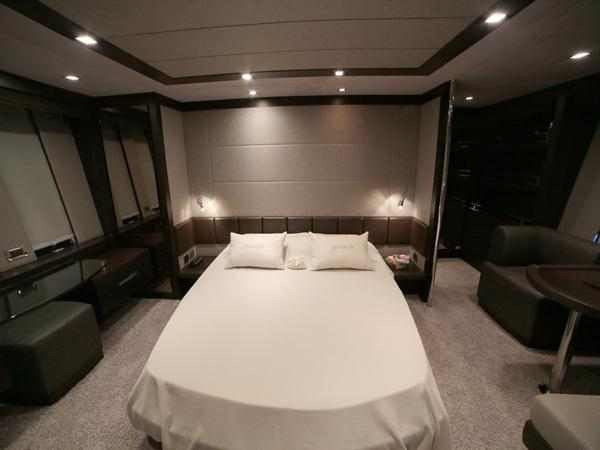 """4 ensuite cabins accommodate 8 guests onboard the Azimut 86S """"SEA BRIGHT"""""""