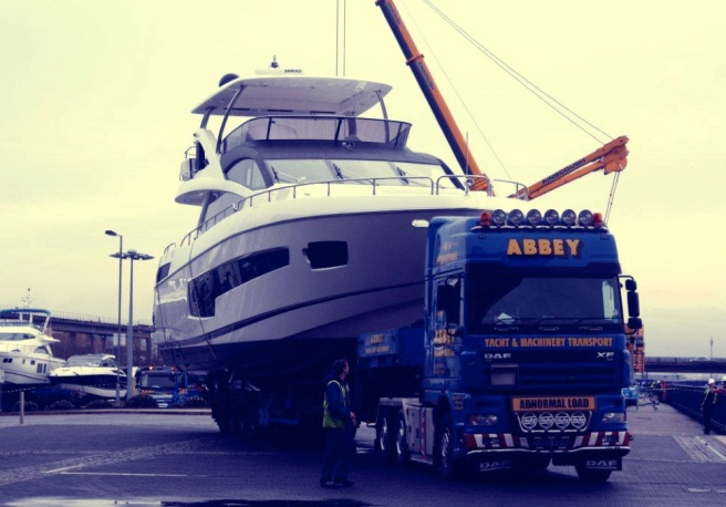 Special load: the 75 Yacht arrives in London by road