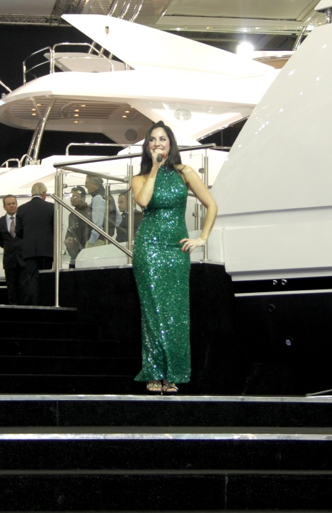 Jodie Elms treated the crowds to brilliant jazz classics on the Sunseeker stand