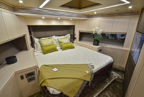 The Sunseeker 75 Yacht boasts a generous Forward VIP Cabin
