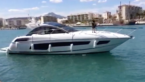 Sold by Sunseeker London, this new San Remo 485 arrives in her new home berth in Alicante