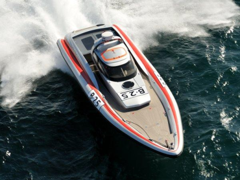 "The Cougar R2 Viper ""ARGENTUM"" will be viewable locally to the Swanwick Easter Boat Show"