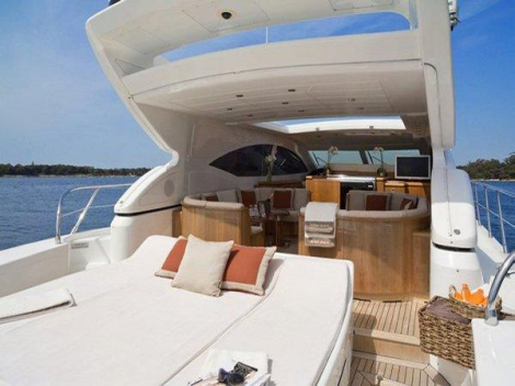 With ample sunbathing and seating areas, the Mangusta 72 Open is very well suited to Mediterranean boating