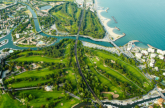 The Golf Old Course at Cannes-Mandelieu is a stunning site, located along the beautiful shores of the French Riviera