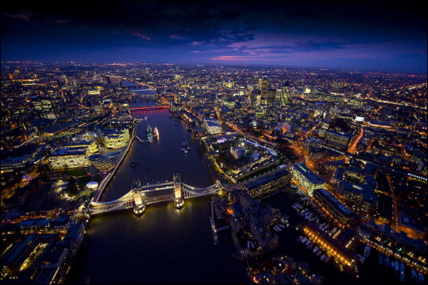 London is home to some of the best in luxury establishment, with world-class restaurants, bars and hotels