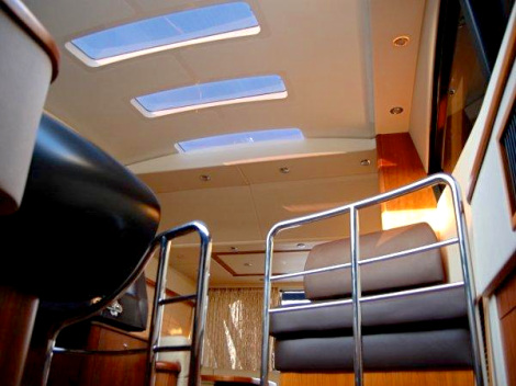 Featuring a GRP sliding roof, the Predator 52 has the capabilities of both an open and hard top boat