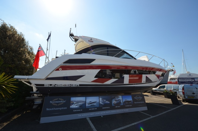 This spectacular Portofino 40, wrapped by The Wild Group for Sunseeker International's GREATBritain campaign certainly drew some attention over the weekend