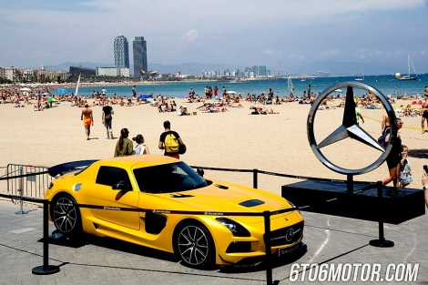 By the beach and in the the town, the Barcelona Motordays is one of the hottest events of the summer with supercars and luxury brands showcasing the very best of their products
