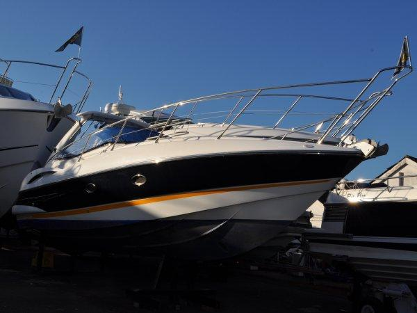 """Sunseeker Poole have listed the 2002 Superhawk 34 """"HARANN"""", asking £79,950 VAT paid"""