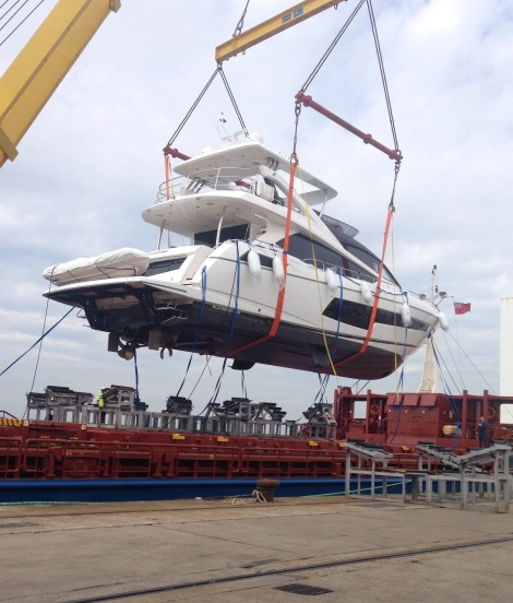 "Peters & May load the Sunseeker 75 Yacht ""VAVARA"" onto cargo ship MV LIFTER for shipping from Southampton to Athens"