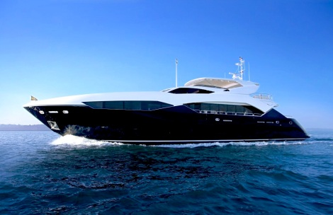 The iconic and hugely popular 115 Sport Yacht will be on show at Cannes