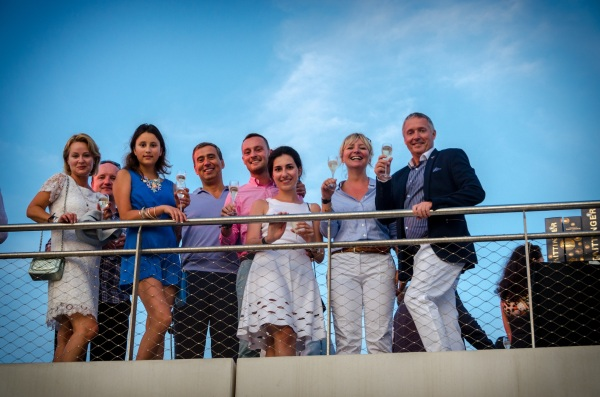 Christopher Head (far right) and Lindsay Hutchinson (2nd right) welcomed guests to the Sunseeker Rendez-vous at Port Pierre Canto, Cannes