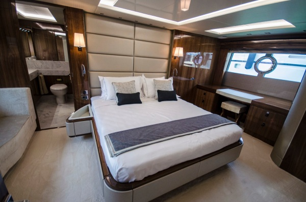 The full beam Master Stateroom includes a luxuroius en-suite bathroom and walk in wardrobe