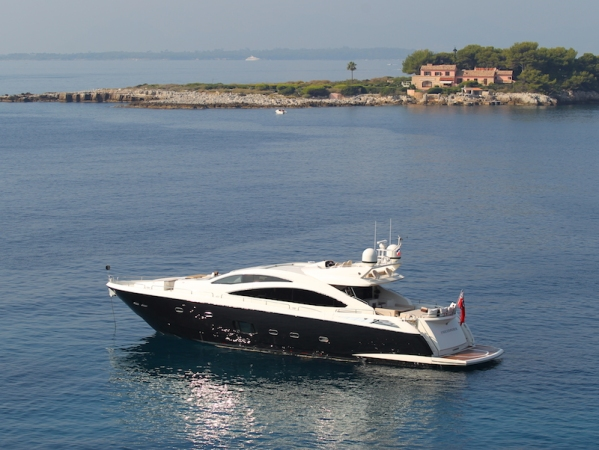 "The Predator 84 ""FIRECRACKER"" is the largest Sunseeker on display at the Sunseeker Yacht Show"