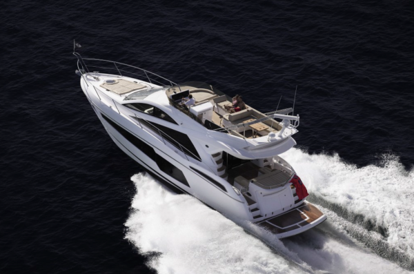 A Sunseeker Manhattan 55 has been dressed by The White Company at the Southampton Boat Show