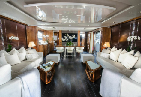 The Sunseeker 86 Yacht made a stunning debut at the Cannes Boat Show