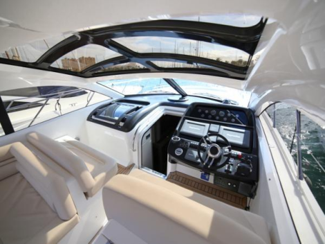 This low hours Predator 54 is packed full of features, including sliding GRP hard top, bow thruster, air conditioning and hydraulic lifting platform