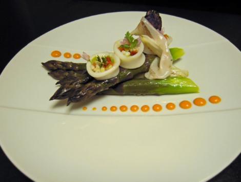 Eat: Le Figuier de Saint Esprit, 14 Rue Saint Esprit, 06600 Antibes