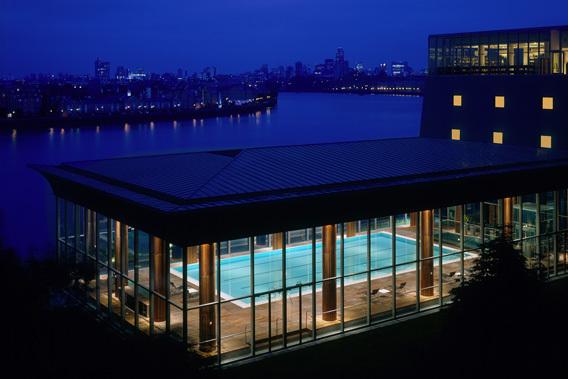 Four_Seasons_Hotel_Canary_Wharf_1_bigSleep: Four Seasons Hotel, 46 Westferry Circus, Canary Wharf, E14 8RS