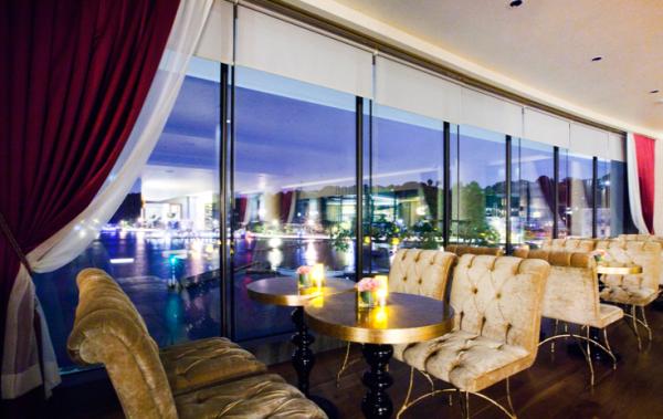 Drink: The Diba Bar, The Grand Tarabya Hotel, Haydar Aliyev Cd, Istanbul