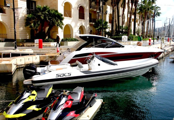 SeaHub Ltd were the main sponsors of the event, showcasing a selection of luxury toys that included Belassi Jet Skis, Seabob, SACS RIBS, Jobesports products and Powerdive