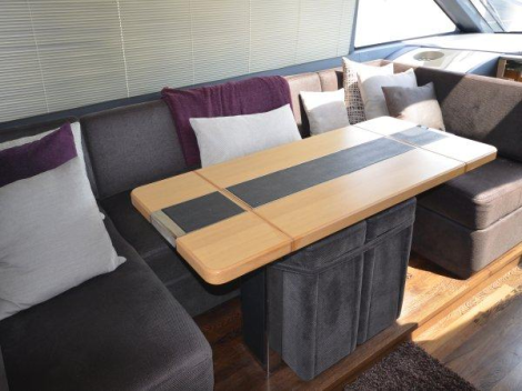 """Sunseeker Poole announce price reduction of Princess V52 """"ISHA COCO"""""""
