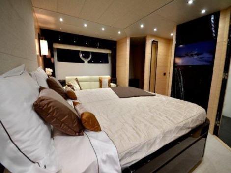 """Sunseeker 68 Sport Yacht """"LARA"""" reduced by Sunseeker Monaco"""
