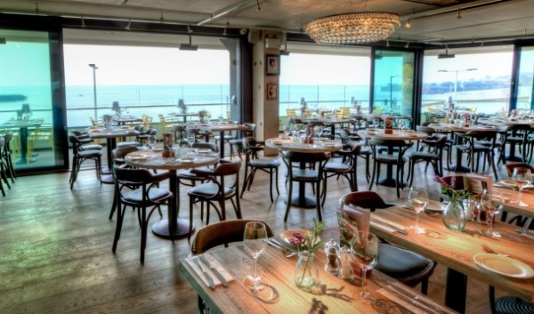 EAT: Le Bistrot Pierre, Abbey Sands, Abbey Crescent, Torbay Road, Torquay, TQ2 5HD.