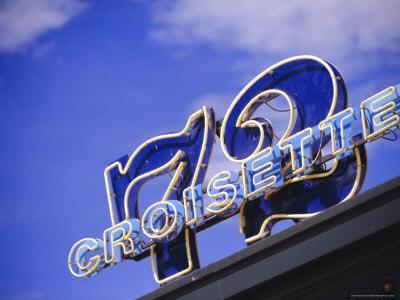 DRINK: Le 72 Croisette, 71 Boulevard de la Croisette, 06400, Cannes.