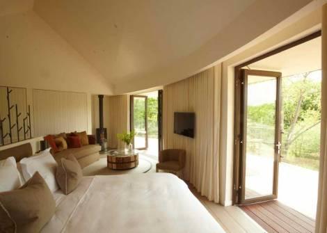 SLEEP: Chewton Glen Hotel & Spa, New Milton, New Forest, Hampshire, BH25 6QS, UK
