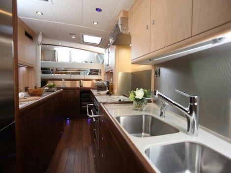 """Tax status change for stunning Oyster 82 """"RAVEN"""" listed by Sunseeker Mallorca"""