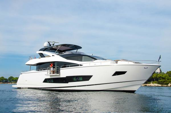 The Sunseeker 86 Yacht will be one of the largest new vessels at the British Motor Yacht Show 2015