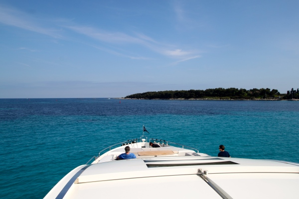 The charter enjoyed glorious sunshine around the islands near to Cannes