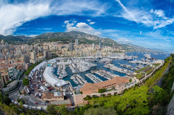 Sunseeker Monaco is located just minutes from the popular marina of Port Hercule