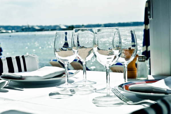 EAT: Tetou Restaurant & Private Beach, 8 Avenue Frères Roustan, 06220, Le Golfe Juan