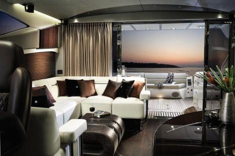 Main Saloon: Sunseeker 80 Sport Yacht