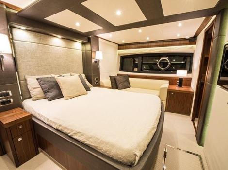 "Sunseeker London lists Dealer Approved Sunseeker Manhattan 73 ""ROAMING SPUR"", asking £1,950,000"