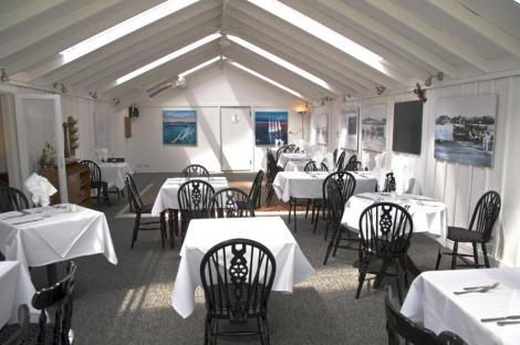 EAT: The Ferry Restaurant, The Elephant Boatyard, Lands End Road, Old Bursledon, Hampshire, SO31 8DN