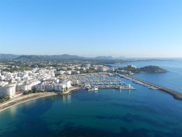 #MyMarinas: Sunseeker Ibiza introduce Marina Santa Eulalia