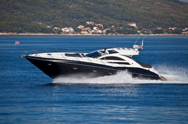 "Sunseeker Hellas complete sale and handover of Portofino 53 ""PUPA II"""