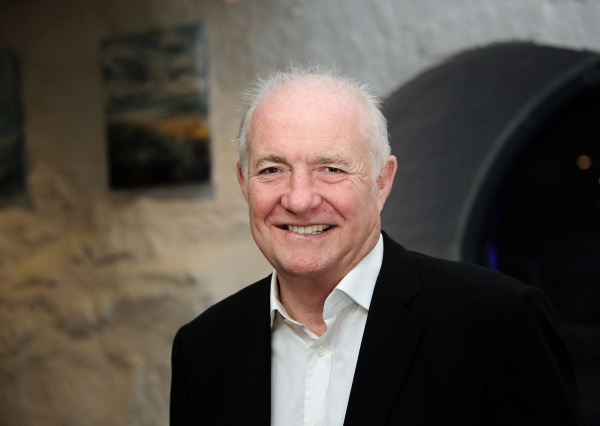 Rick Stein has announced plans to open a new restaurant in Sandbanks, Poole