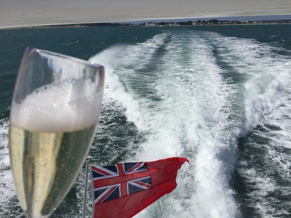 During the week long event the Sunseeker London Group worked with Pernod Ricard offering guests either a glass of Perrier-Jouet champagne or Plymouth Gin & Tonic