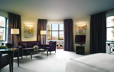 Spacious guest rooms at the One Aldwych