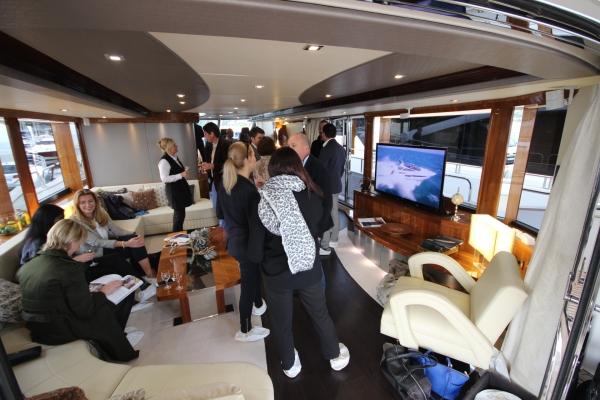 Club Vivanova guests on board SPONTANEOUS